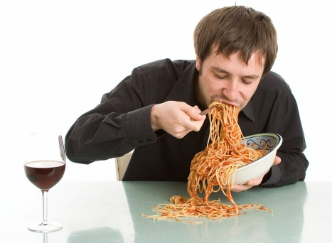 man-eating-spaghetti-foods-make-you-hungrier